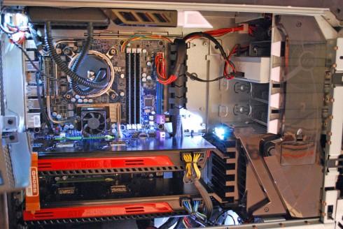 "Alienware приготовила нового компьютерного ""монстра"""