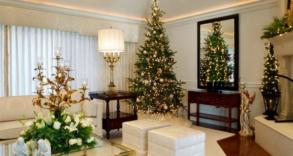 Как выбрать красивую искусственную елку?