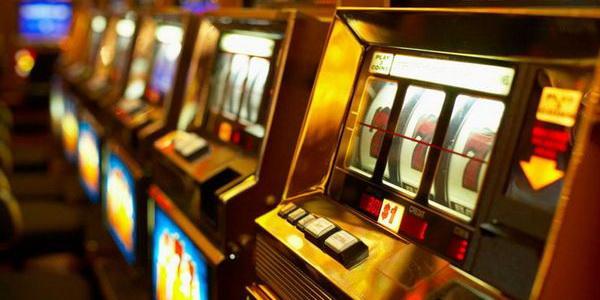 Первые игровые автоматы в мире