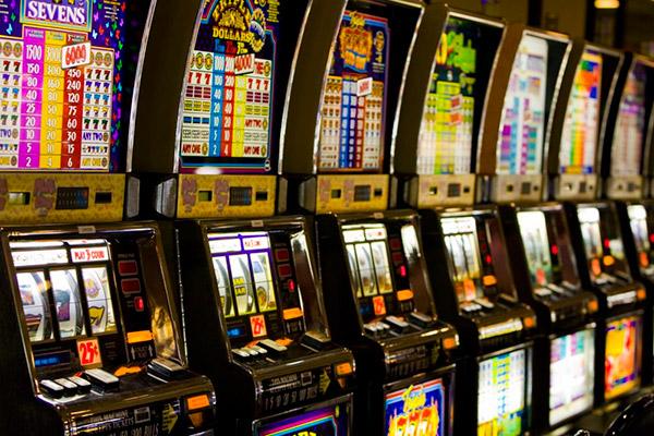 Как нужно играть в онлайн казино?