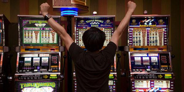 Играем бесплатно в онлайн казино Jet