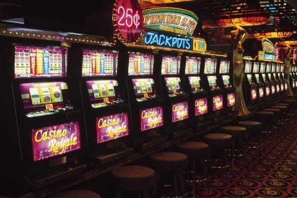 Игровые автоматы в казино Сол